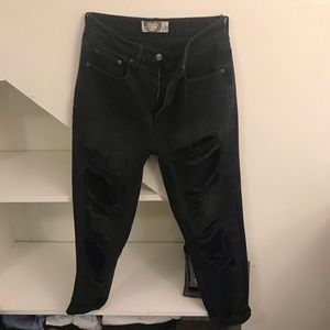 Boohoo black rip jeans size 4 black
